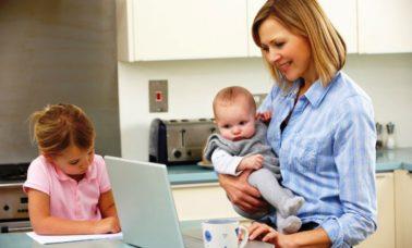 Bekerja dan mengasuh anak
