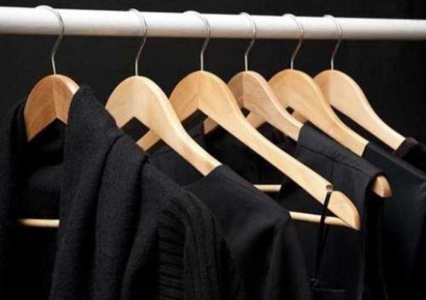 Cara Mencuci Baju Hitam Agar Warnya Tidak Mudah Pudar