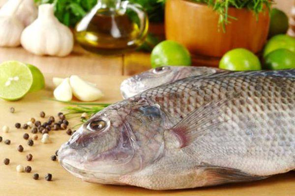 Tips Mudah Membersihkan Sisik Ikan Yang Keras