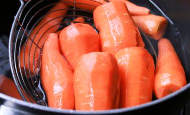 Cara memasak wortel agar tidak langu