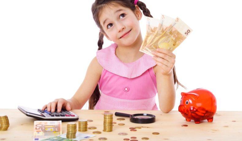 Ajarkan Anak Dalam Mengatur Keuangan Sejak Dini
