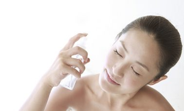 Spray wajah alami buatan sendiri