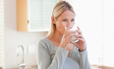 Berjuta manfaat mengonsumsi air putih