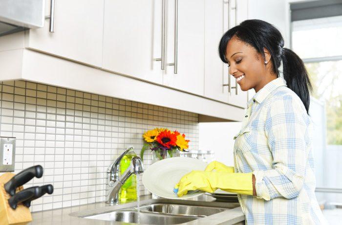 Urutan Yang Tepat Dalam Mencuci Peralatan Dapur