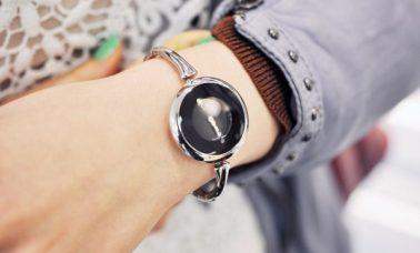 Tips memilih jam tangan sesuai warna kulit