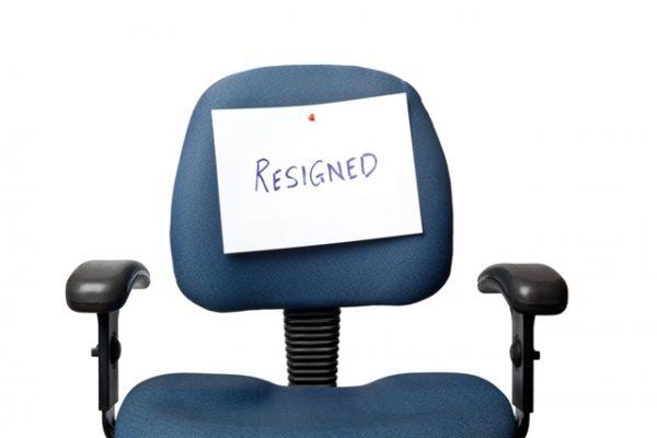 4 Hal Yang Harus Dipertimbangkan Sebelum Resign